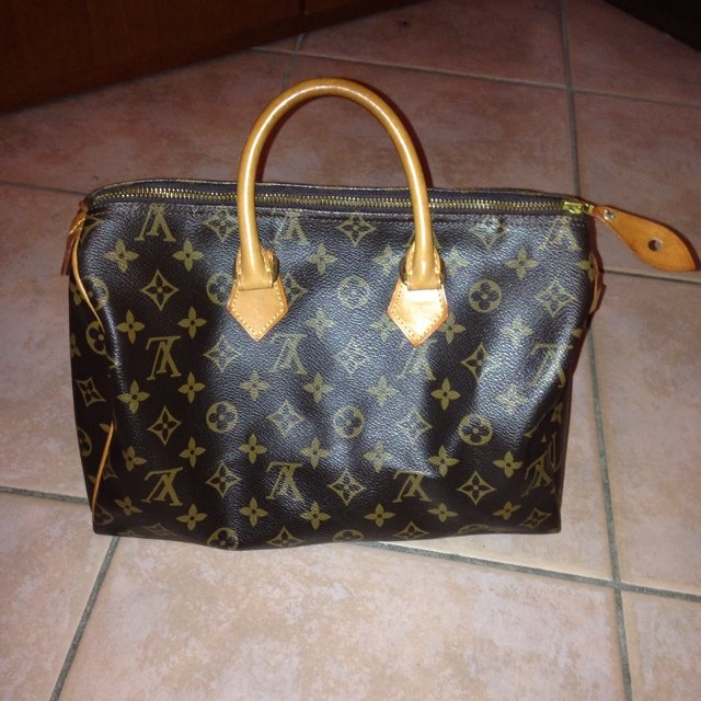 029cd22a2c Borsa simil louis vuitton, modello bauletto, fedelissima di - Depop