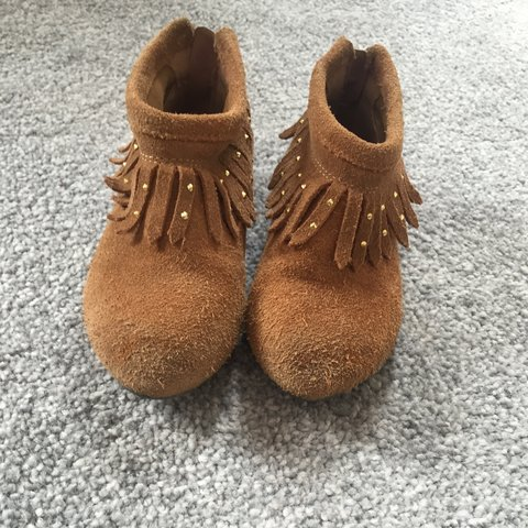 707107d1199 Kids riverisland boots size infant 8, see marks of wear but - Depop