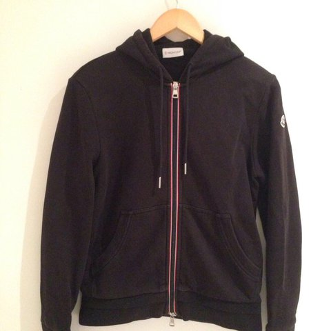 Moncler maglia cardigan hoodie Mint condition Worn a of a - Depop 48686940c10