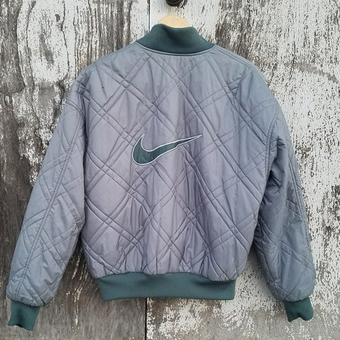 30069bfd1498 🔥90 S NIKE REVERSIBLE PUFFER JACKET🔥 Vintage Nike (red and - Depop