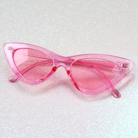 6f2355fb417a5 Translucent Pink Cat Eye Sunglasses 💕 Flattering on every - Depop