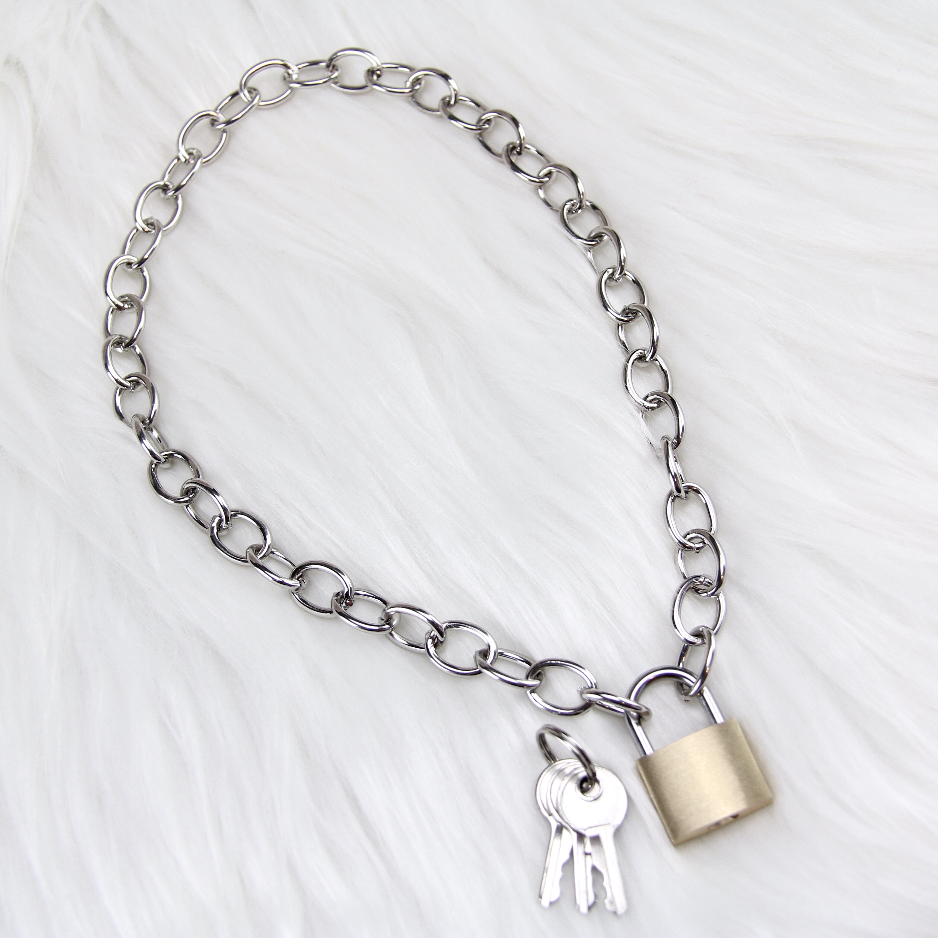 """cf999d6958bf1 Lock Chain Necklace. Approximately 17"""". Fully... - Depop"""