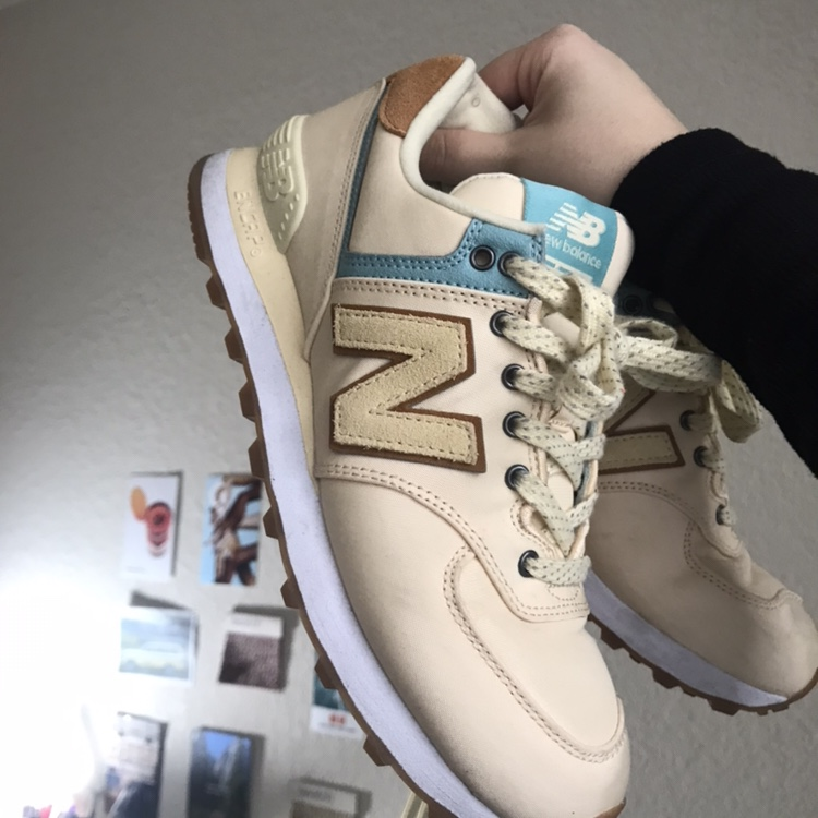 brand new 19197 2f760 new balance 574 in a trendy and retro pale / pastel... - Depop