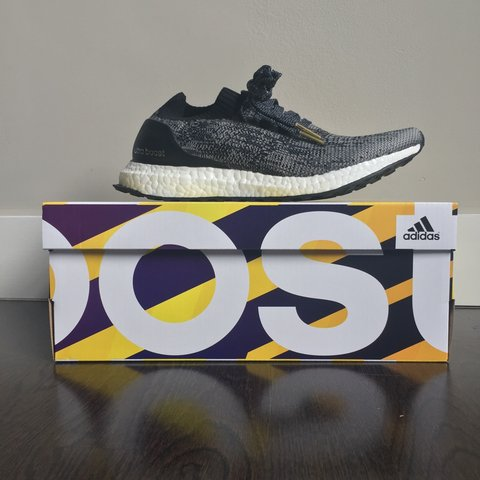 edefa1d2ce593 ADIDAS ULTRA BOOST UNCAGED IN CORE BLACK  Size UK 6.5  new - Depop