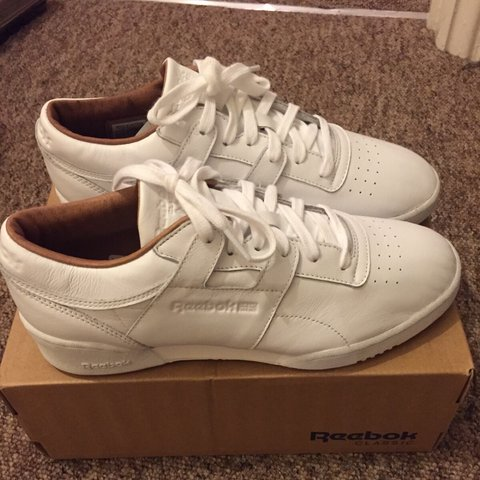 Reebok workout low clean PN trainers UK size 7 white BNIB - Depop 83c59fa44