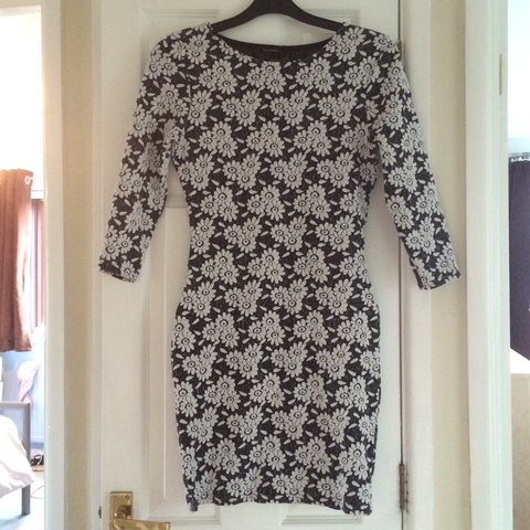 Black And White Flower Bodycon Dress From River Island Depop