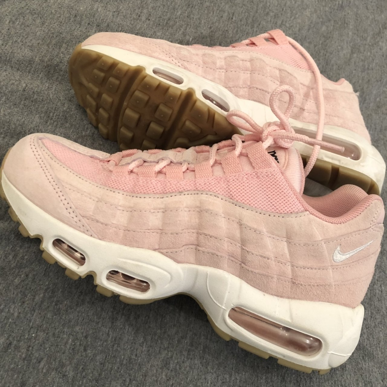 2a69004c07 Nike Air Max 95 Pink suede Worn two three times max Open - Depop nike air