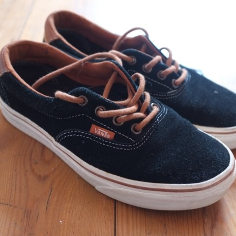 33044e6110 Vans Era Black Suede and Brown leather. Main wear to the has - Depop