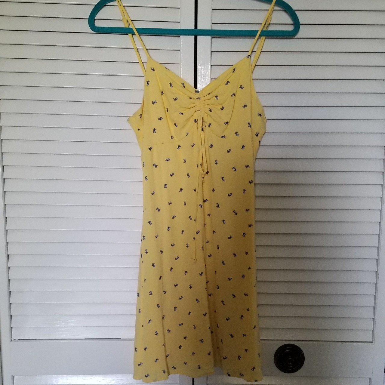 84a67e2996 Yellow mini dress with blue tulips by la hearts from pacsun. - Depop