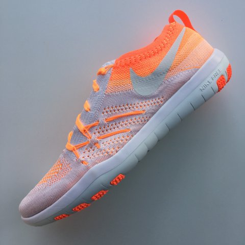 7306dfd33f @snowy136. 9 months ago. United Kingdom. Nike Women's focus flyknit trainers.  SIZE UK 5