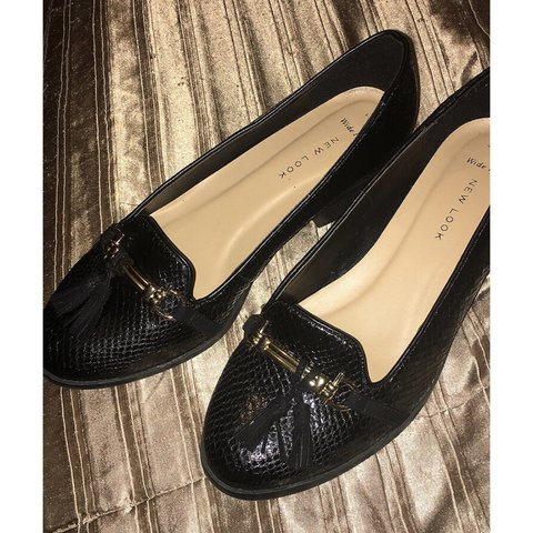 5f723cb8be Brand new leather look croc skin black shoes. Small heel, on - Depop