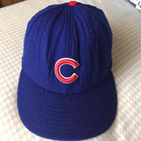 Authentic rare vintage New Era Chicago Cubs baseball hat. in - Depop 26786996dc8