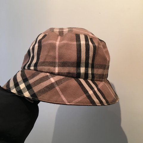 891be6a5f060 ON HOLD !!!! 100% genuine Burberry bucket hat 🦋 brown pink - Depop