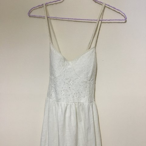 30e87ddc906 🍦 Lacey white summer dress from American eagle 🍦criss back - Depop