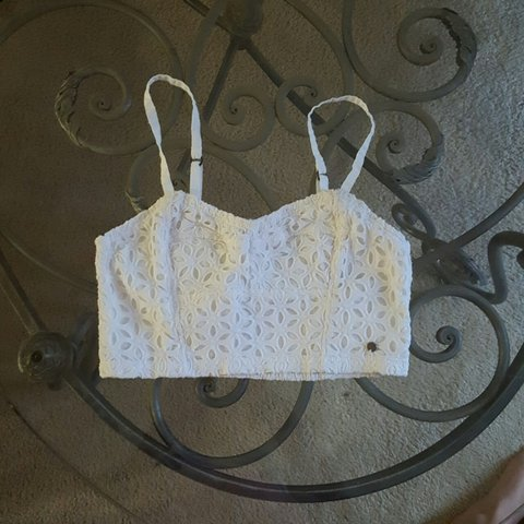 4742a56ba90ddb Abercrombie   Fitch white bralette crop top. XS made in in - Depop