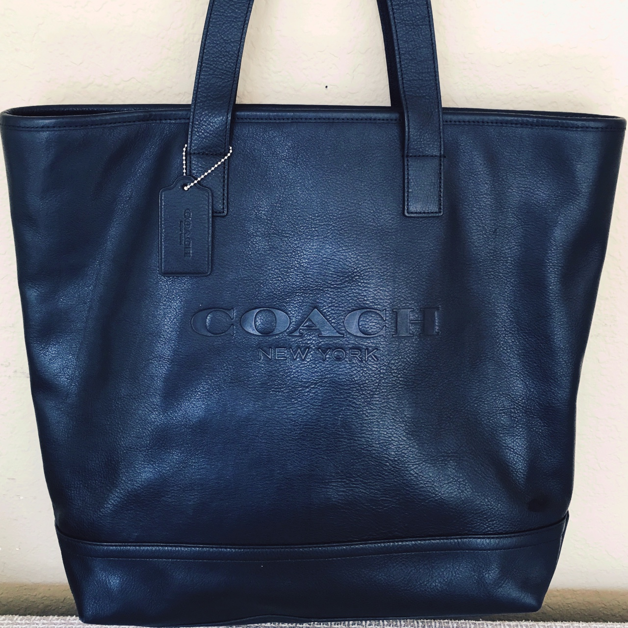 EUC COACH TOTE: This was strictly made for Coach    - Depop