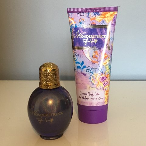 7e356ec64e3 Taylor Swift Wonderstruck perfume fragrance set. Perfume 💟 - Depop