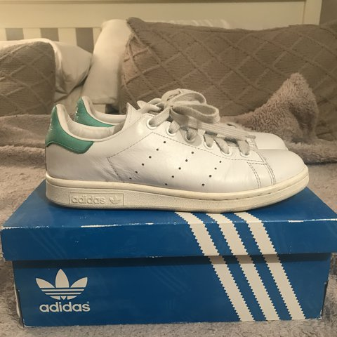 05b152da124b74 Adidas Stan smith Vintage OG style Stan smiths with vintage - Depop