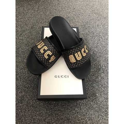 5a5dc9eca PRICE REDUCED Women Authentic Gucci (GUCCY) sliders • Size 5 - Depop