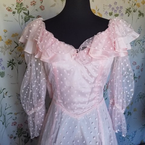 a7ad7675a7c Gorgeous 70s formal dress in the most gorgeous pastel pink a - Depop