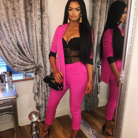 ae8327766f38 Pink two piece suit Size 10 Missguided topshop houseofcb - Depop