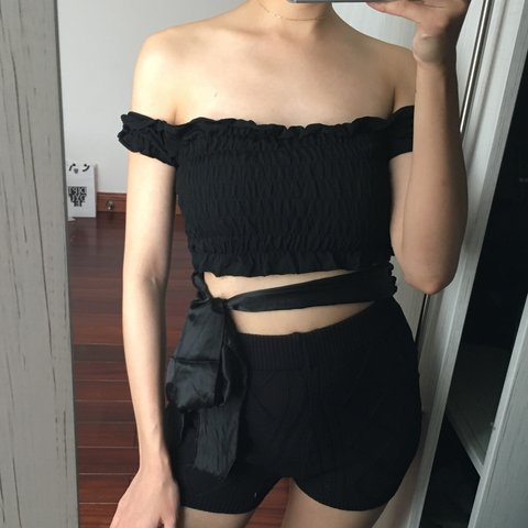 54271f5b6d7ee Black off the shoulder ruffle shirred ruched cropped Bardot - Depop
