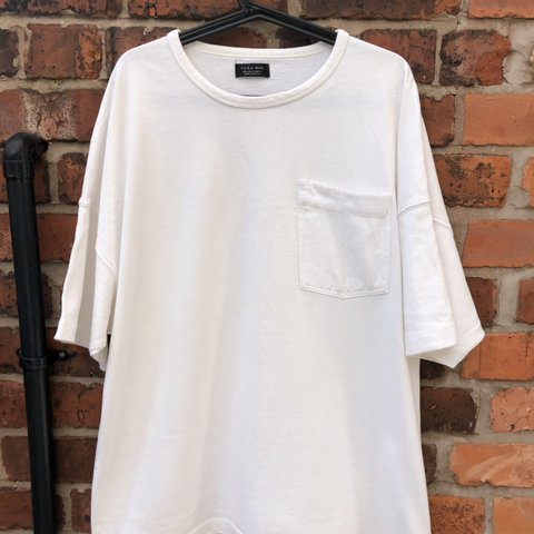 01c1de11 @joehenshaw. 2 months ago. Stockport, United Kingdom. Zara White Oversized  Short Sleeve T-Shirt with pocket ...