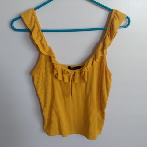 fd97e304bfe77a Crop top ribbed mustard yellow. Perfect for spring 🌼 fits M - Depop