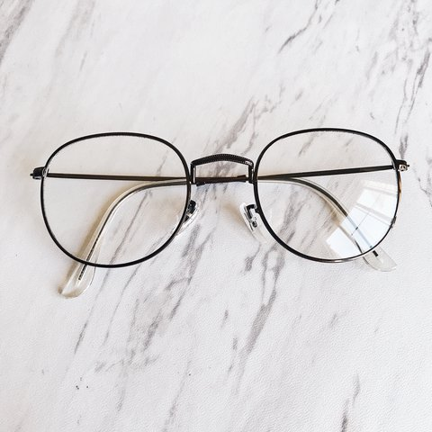 d3e9450640 Brown round reader glasses Brand new Clear specs NON to from - Depop