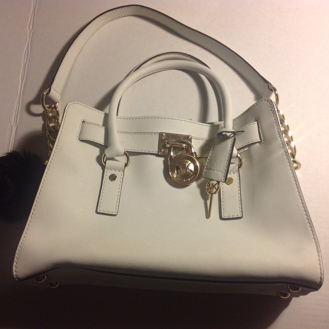 74c246d06e23 Michael Kors authentic white handbag. In excellent pre-loved - Depop