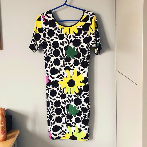99a8ecd1530c Topshop summer dress. Brought off eBAy but not the correct - Depop