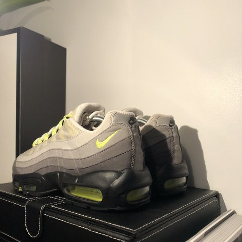 d4f833fc5ad Nike Air Max 95 OG Neon 2015 9 10 condition Comes with OG - Depop