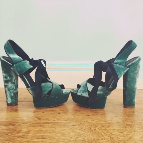 09d7b366c0 👠Unique and beautiful heels, in a teal velvet. Finished a a - Depop
