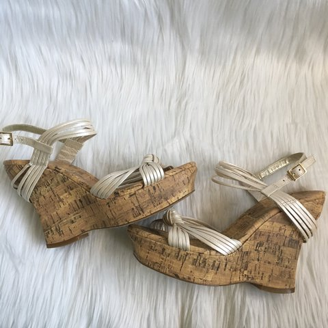 a3411d5200c jessica simpson strappy cork wedges. champagne straps. knot - Depop