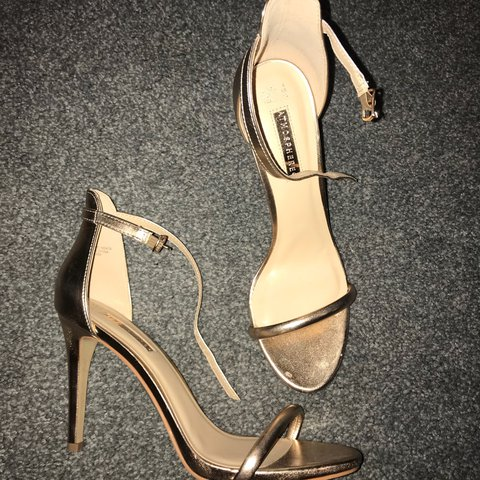 b96aa01d5d9 Primark rose gold kitten heels - worn these twice and in 8 a - Depop