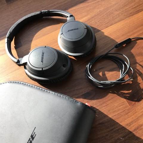2f10789d79c @ben_st. last year. London, United Kingdom. Bose SoundLink Wired Headphones  Great Sound quality ...