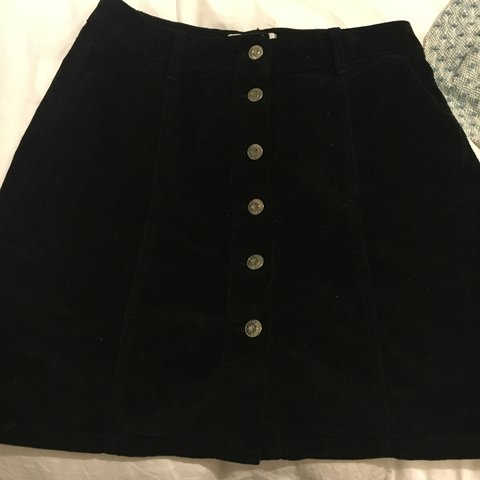 9ad792fd71 @elliewatson333. 2 years ago. Sidmouth, UK. Lovely new look black corduroy  skirt size 10 ...