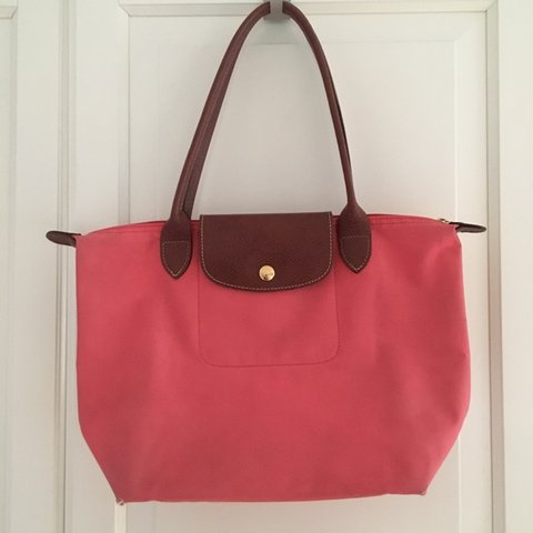 79c5abb7fcd Longchamp le pliage small shopper bag✨in a discontinued pink - Depop