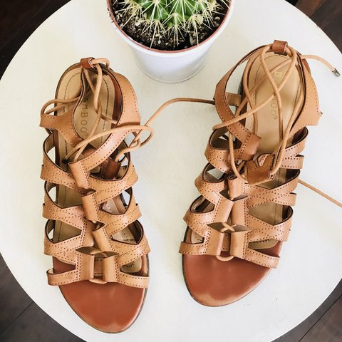 f52a861e483 Lace Up Gladiator Sandal with small wedge Size 8 Excellent - Depop