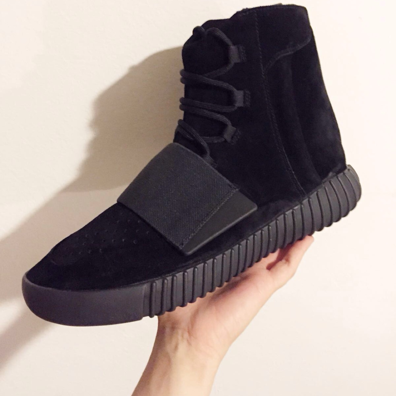 new arrival 20b82 e8fb9 ADIDAS YEEZY BOOST 750 PIRATE BLACK €1,000.00 ...