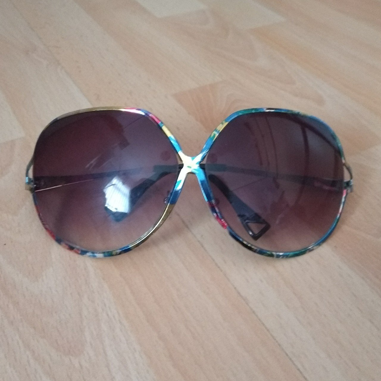 f5c5ad7f05d Large floral print sunglasses Special Offer-JUST