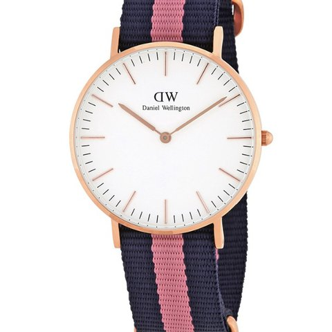 29e5db96597d Daniel wellington watch for sale! Never been used! Will - Depop