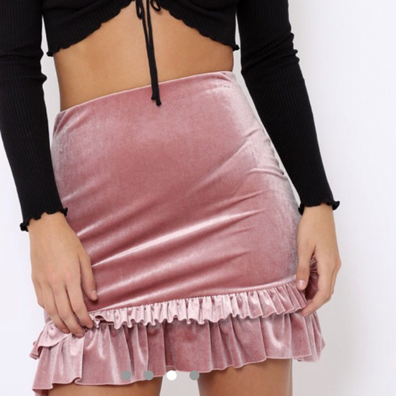 6c2e46bef9 Pink velvet skirt size 8. Never worn. Perfect condition. - Depop