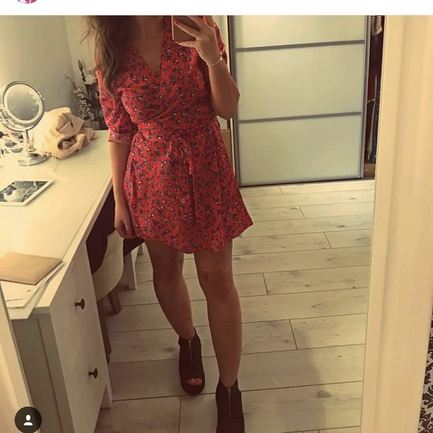 0c664fe54c29 Red Dancing Leopard Zeina wrap dress bought from SilkFred. - Depop
