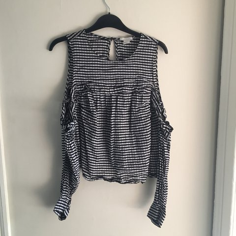 42b5cc3948a6ce H&M off the shoulder black and white gingham top. Long with - Depop