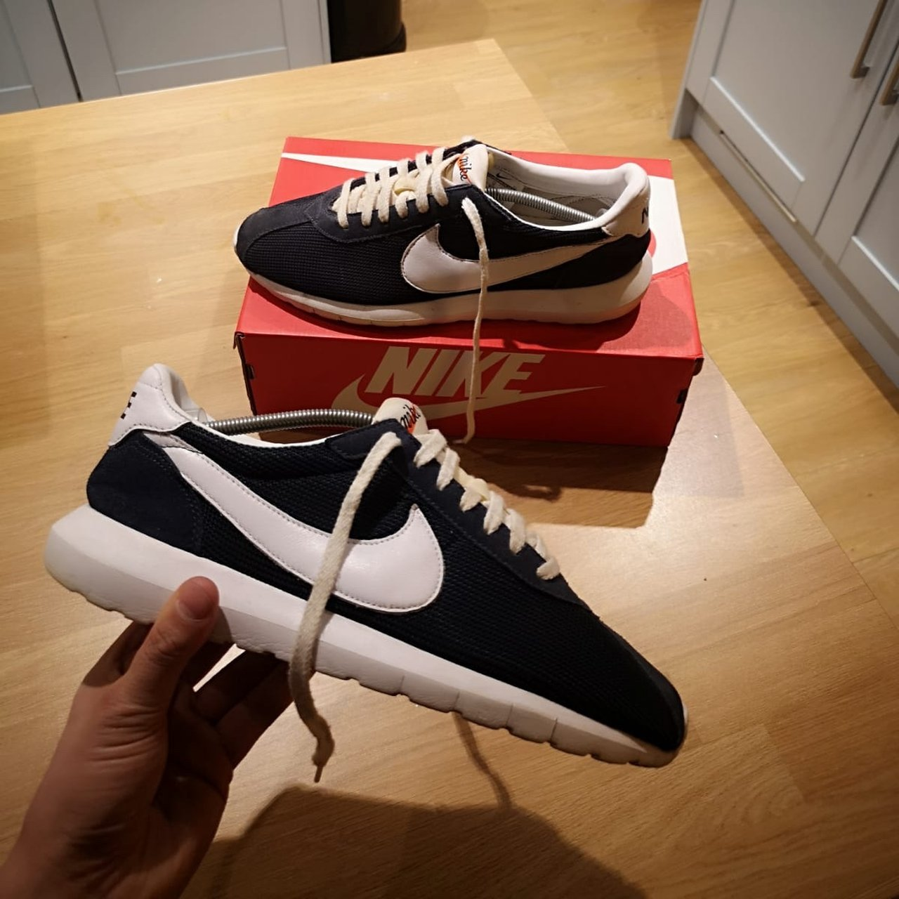 53416436990 Navy Nike Trainers Size 10 9 10 Condition