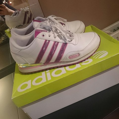 aa701e44e12b7 RESERVED ITEM - Adidas trainers size 6