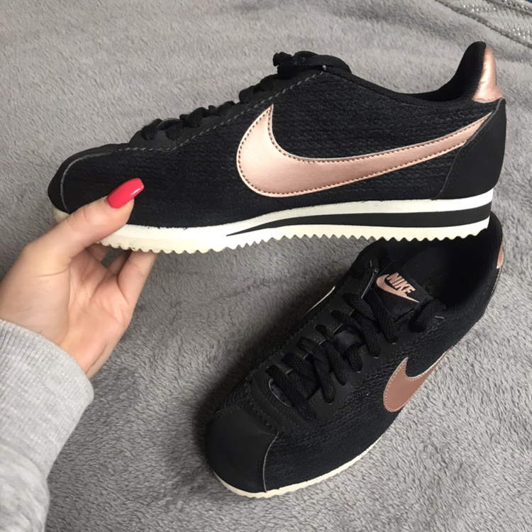 wholesale dealer a9de0 ceb64 Nike Cortez Black and Rose Gold In really good... - Depop