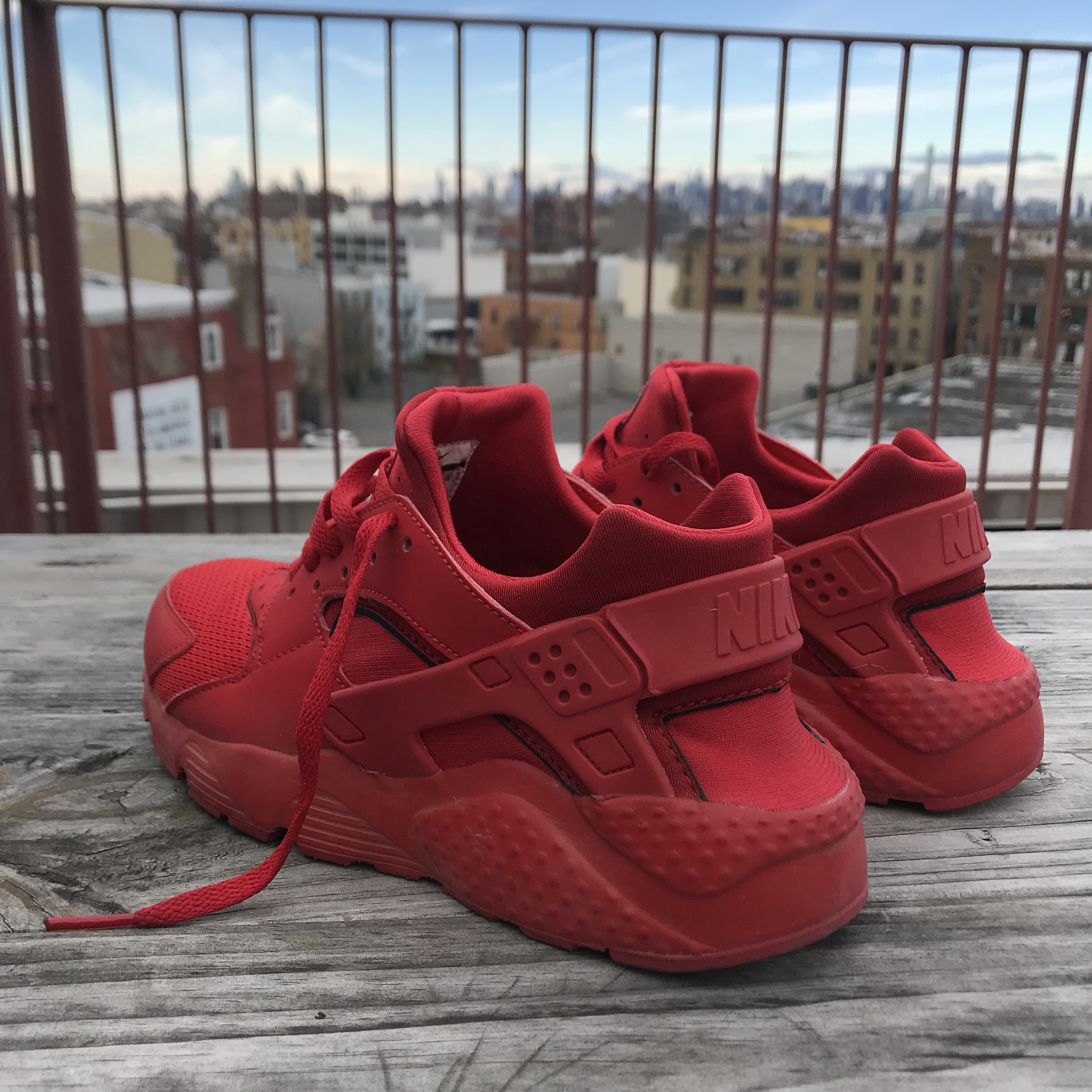 NIKE red tennis shoes. These kicks are