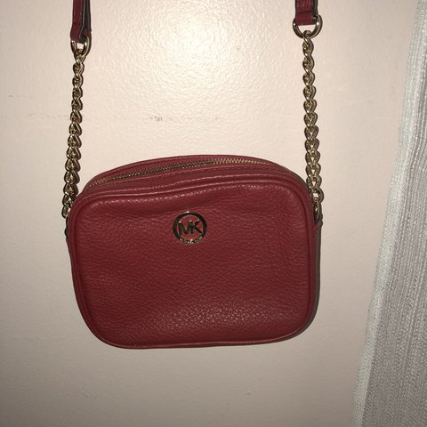 f37f8e773aea Red Micheal Kors crossbody!  MichealKors  purses  bags  red - Depop